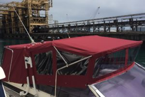 Sun & Shade Genova: tendalini per ombra su misura e bimini top per il fly, arredamento per barche made in Italy
